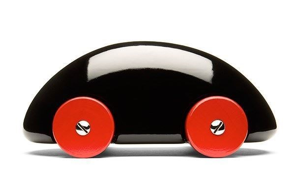 Streamliner Classic Black wooden car
